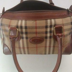 Vintage Burberry handbag